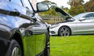 مقایسه Benzc200 & BMWi320 بخش 2